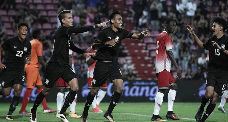 10 ปีหลังฟอร์มเป็นไง?? ย้อนผลงาน ทีมชาติไทย เล่นเกมเหย้านอก ราชมังฯ