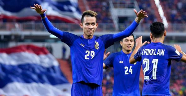 สุขเศร้าปนกันไป!! รวมสถิติต้องจำของ ทีมชาติไทย ตลอดปี 2018